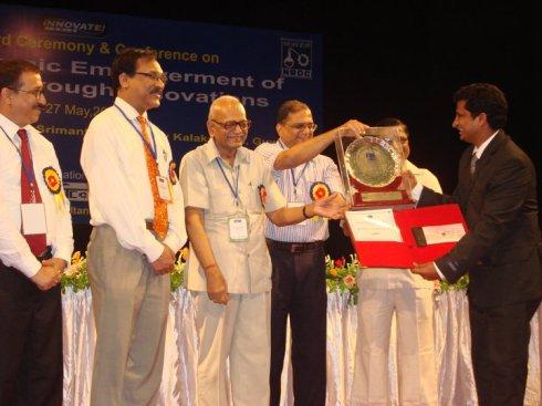 BodhBridge CEO Receiving National Budding Innovator Award from NRDC